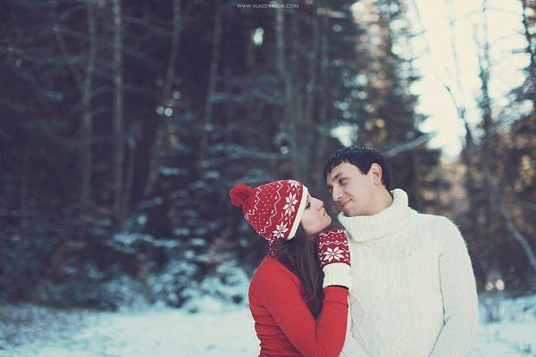конечно же это я снежинки опять ловлю я счастлива я твоя