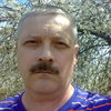 олег, 54, г.Богучар
