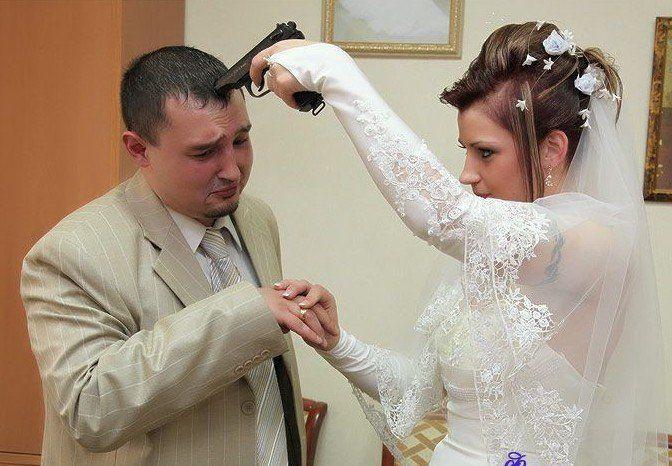 Как могут заставить молодых целоваться на свадьбе