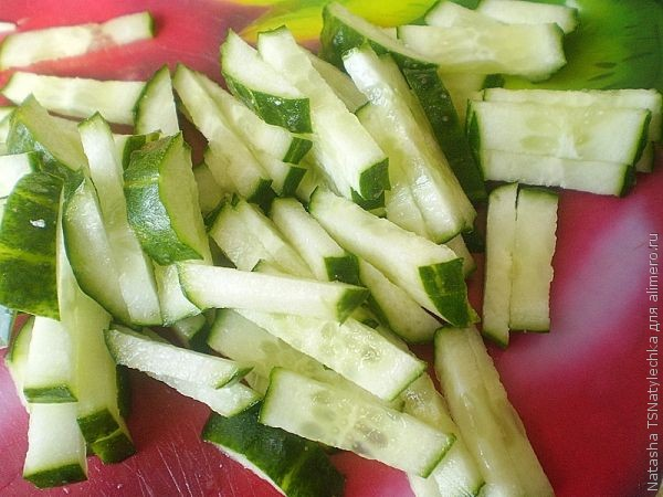 Салат говядина с ананасом с