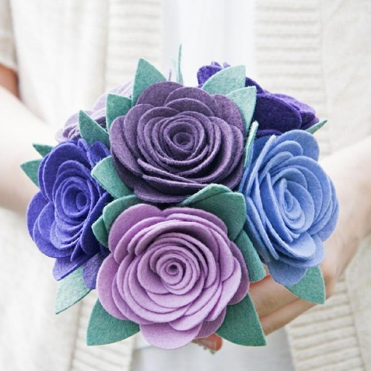 Цветы из мягкого фетра своими руками 43