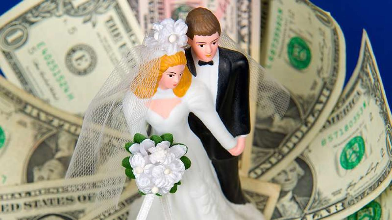 Прикольная открытка для денег на свадьбу, юбилеем мужчине